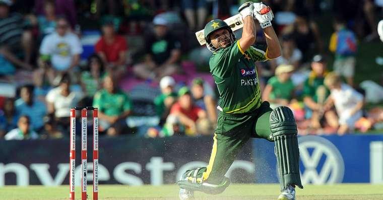 Top 10 Longest Sixes In Cricket - Biggest Sixes Till 2021