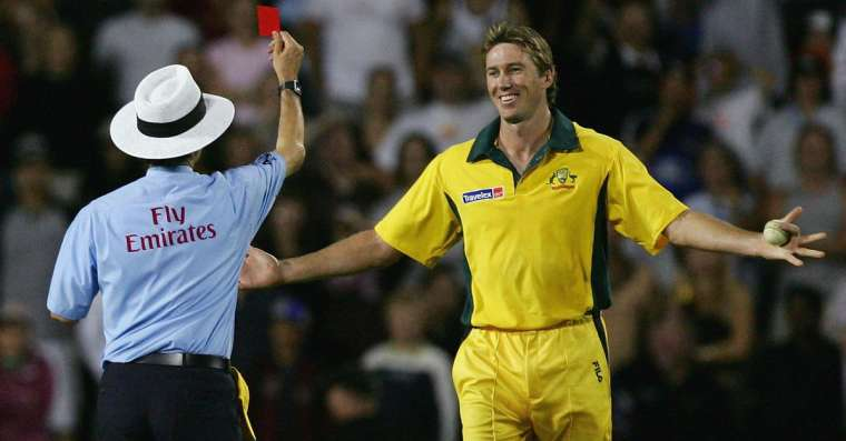 Top 10 Funniest Cricket Moments of All Time