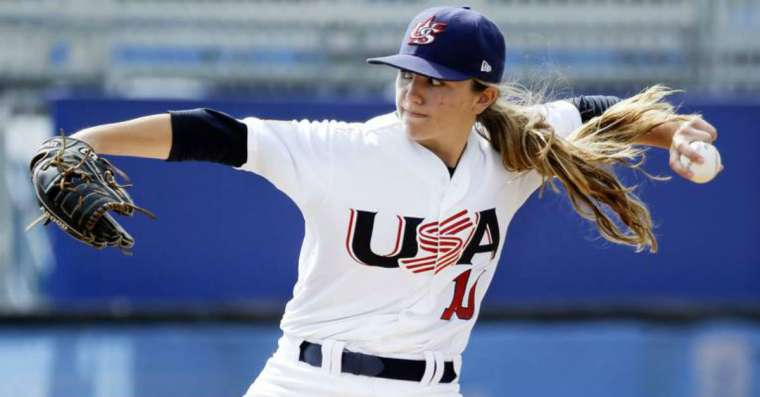 Top 10 Greatest Female Baseball Players of All Time