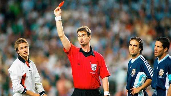 Top 10 Best Football Referees Of All Time | Exclusive List