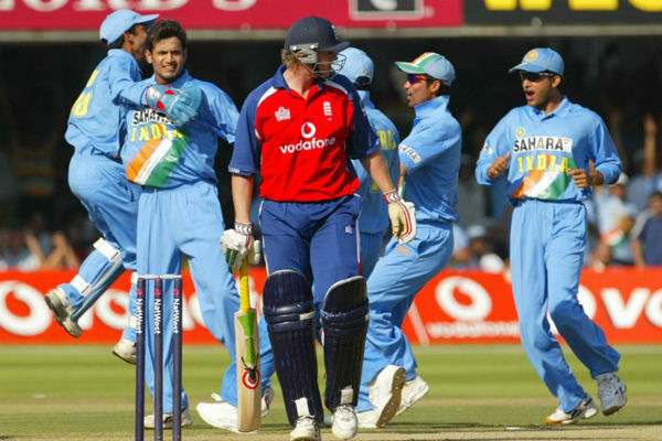 India Vs England 2011 Group Stage Match
