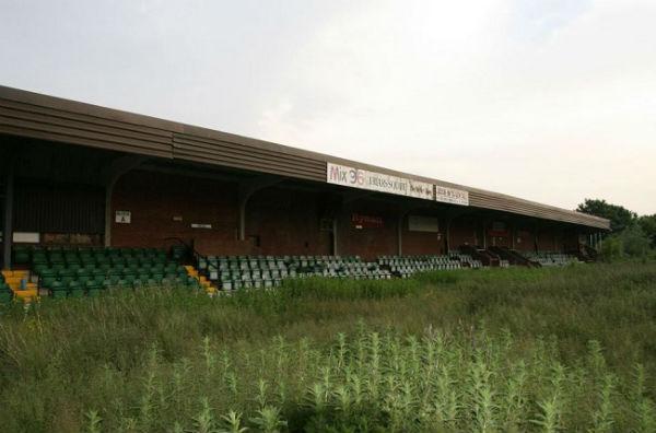 Buckingham Road Stadium